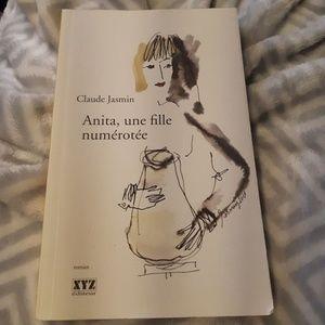 Other - Livre : Anita, une fille numérotée